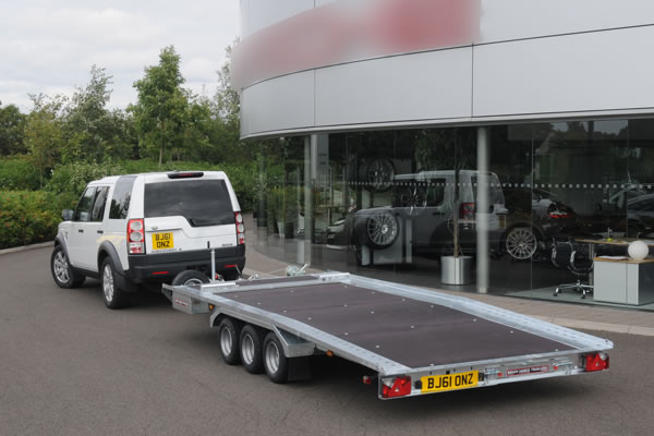Southern Trailers - Brian James TT-series Tilt Bed Trailer.